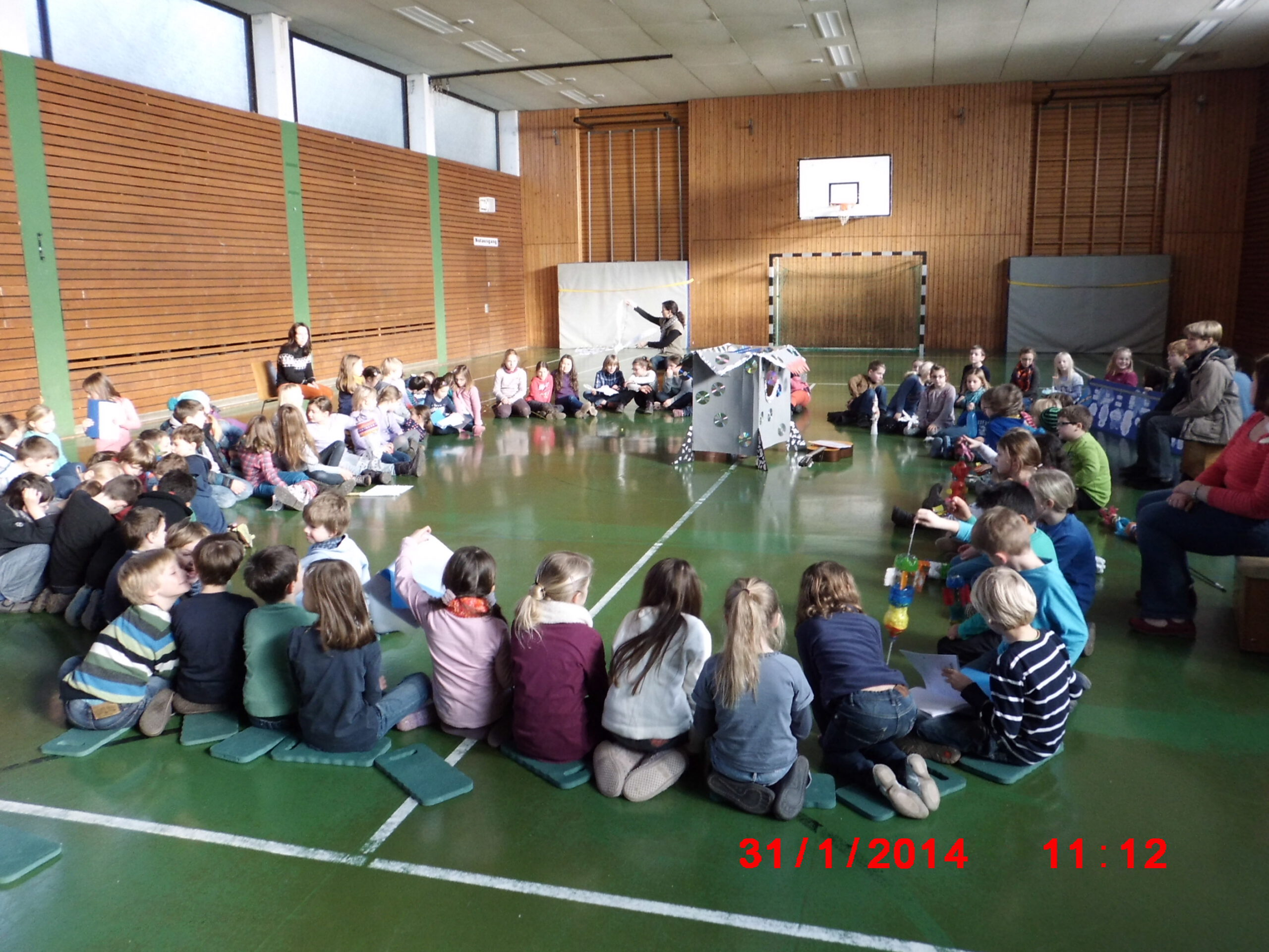 Die fliegenden Klassenzimmer – Ein Gemeinschaftsprojekt verleiht Flügel